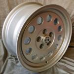 7.0x15 ET25 Maxilite A1 Design silber LK 5x98 Alfa
