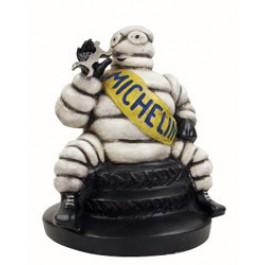 Michelin BIB sitzend Kunststoff ca. 21 cm hoch, ca.  16 cm breit